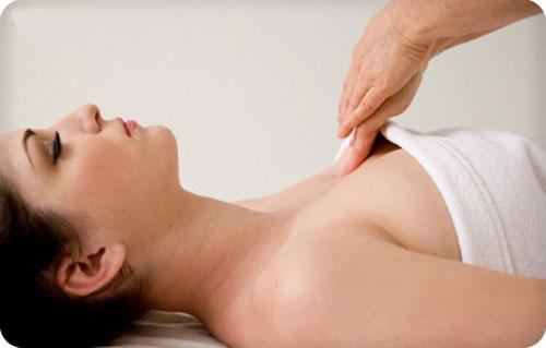 cach-massage-sau-phau-thuat-nang-nguc-nhu-the-nao-duoc-khong1
