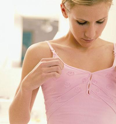 Lý giải vì sao ngày càng nhiều chị em phụ nữ ngực lép ?