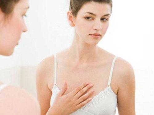 Khắc phục tình trạng ngực không đều như thế nào hiệu quả ?